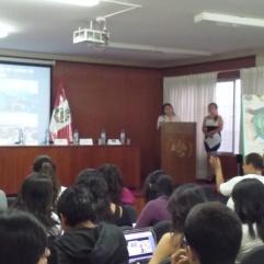 Ponencia de Trabajadora Social : Rocío Yanqui Zuñiga