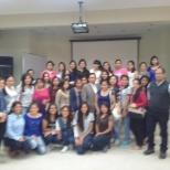 Estudiantes participantes de la Conferencia: Desafíos Bioéticos.